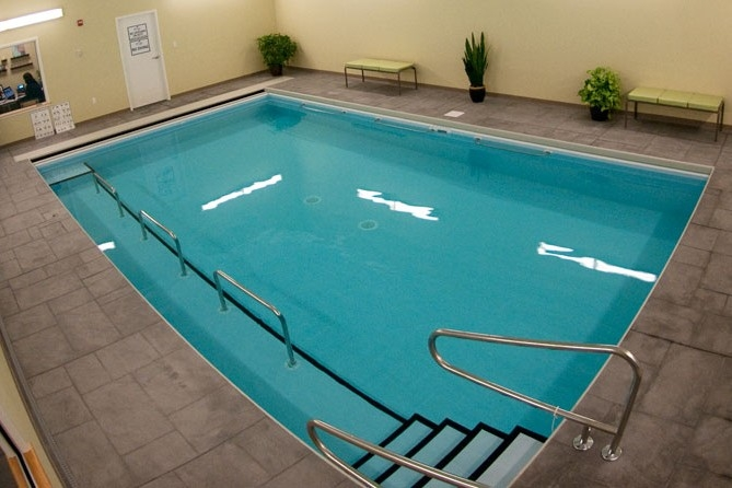 A photo of the PT360 aquatic therapy pool used for joint replacement rehab